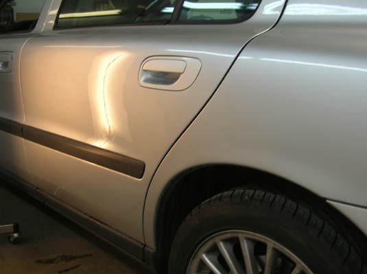 Paintelss Dent Repair